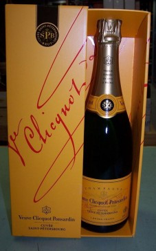 VEUVE-CLICQUOT-SAINT-PETERSBOURG